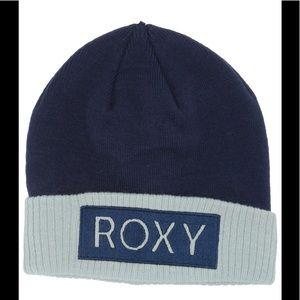 NWT Roxy Varma Beanie medieval blue